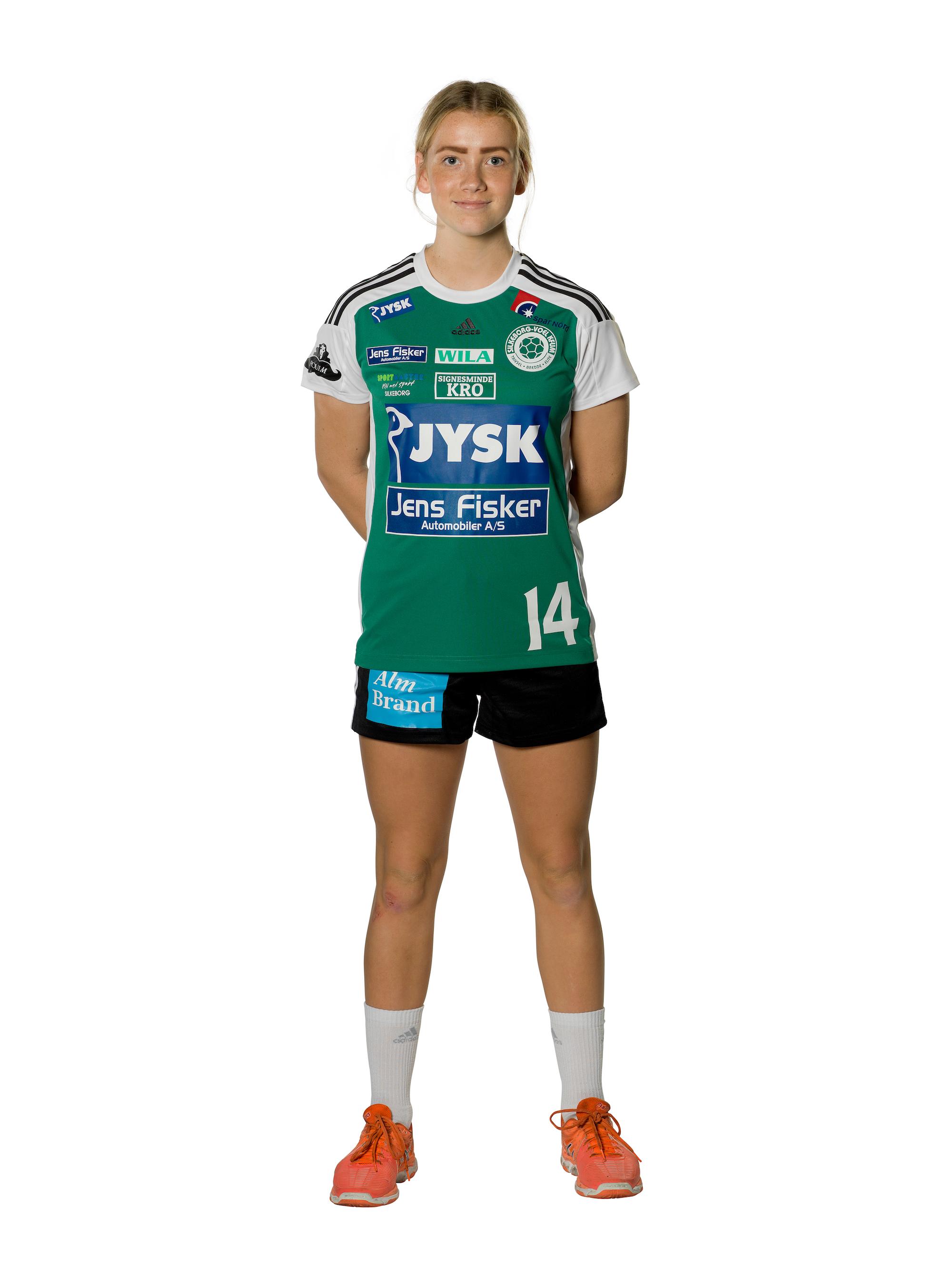 Laura Nielsen front